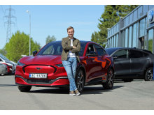 """Erlend Gunstveit vant """"The Voice"""" og en ny Mustang Mach-E"""