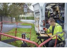 Engineer fibre splicing (4)