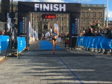 Hanna LIndholm vinnare Ramboll Stockholm Halvmarathon