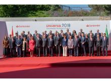 Gruppenfoto zur Eröffnung von Universia