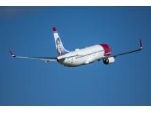 Norwegian's 737-800 LN-DYS