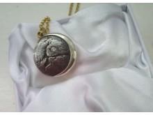 20190507-stolen-pendant-crawleydown-best-res