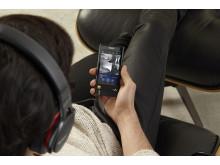 NW-ZX2 von Sony_lifestyle_1