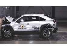 Mazda MX-30 - Full Width Rigid Barrier test 2020