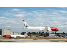 Tre Norwegian Dreamliner på Boeingfabriken i Seattle