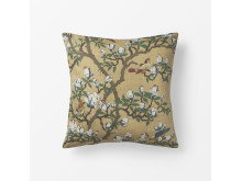 Svenskt_Tenn_Cushion_Japanese_Magnolia_Linen_Yellow_50x50cm_1