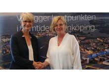 Pressbild, Jönköping och Sverigeförhandlingen skakar hand