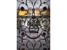 Skogskyrkogården/The Woodland Cemetery: Gallergrind/Gate