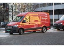 Disse elektriske varebilene fra Posten blir å se i juletrafikken i Oslo.