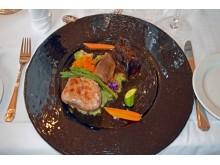 Der Hauptgang: Dreierlei vom Kalb mit Kartoffelsteinpilpüree und Mini-Gemüse