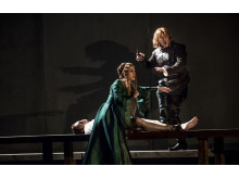 Rigoletto 2015 på NorrlandsOperan. Joachim Bäckström (Hertigen), Elisabeth Jansson (Maddalena), Michael Schmidberger (Sparafucile)