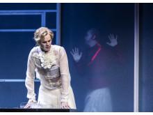 Figaros bröllop / Carl Ackerfeldt som Greven & Wiktor Sundqvist som Basilio
