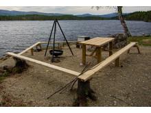 Bålpanne, benker og bord