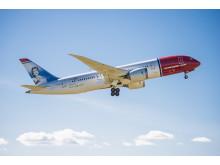 Norwegian's Dreamliner EI LNA