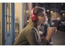 h.ear_on_Wireless_NC_R_Lifestyle_3_