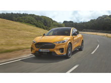 Ford_Mustang-Mach-E-GT_2021_6.jpg