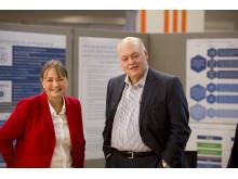 Sarah-Jane Williams och Jim Hackett