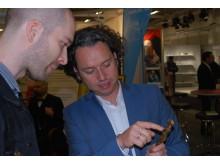 Sascha Peters är på InnoDex för tredje året i rad och han var ständigt upptagen med att berätta för besökarna om utställningens spännande innovationer.