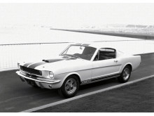 Q5_1965-Shelby-GT350-2