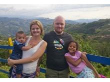 Adopterte to barn i løpet av tre år