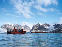 MS-Fram-in-Antarctica©Michael-Hall
