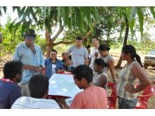 Arbetare i projektet Jacundá REDD+ i Brasilien