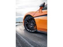 McLaren Pirelli MC Sottozero 3_1