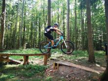Bike, BBQ und Branchentalk: Im September zieht es Zimmerer, Dachdecker, Klempner, Bauingenieure und MTB-Enthusiasten nach Willingen zum MTB-Adventure 2020.