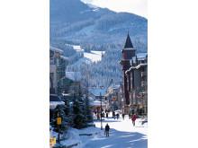 Whistler har i rigelige mængder den sne, som man i disse dage sukker efter i Alperne. Her har klimaforandringerne betydet, at temperaturen i gennemsnit er steget med 3,5 grader i de seneste 100 år.