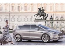 Avduking av S-MAX Vignale Concept i Milano i forbindelse med møbel- og trendmessen Salone del Mobile