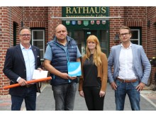 Samtgemeinde Lühe schließt Kommunalvertrag mit Deutsche Glasfaser