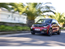 P90287138_highRes_the-new-bmw-i3s-11-2