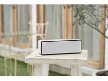 Δώστε ισχύ στη μουσική σας με τα νέα φορητά ασύρματα ηχεία από τη Sony