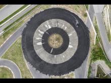 Driftingcirkeln på Porsche Experience Centre Hockenheim har en diameter på 80 meter.
