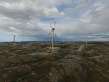 Montering av siste turbin i Storheia vindpark