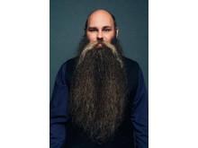 Jonas Bergkvist, vinnare av SM i skägg 2016, sitter i juryn för Spånga Beard Partys skäggtävling