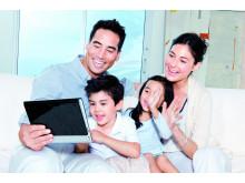 ST-S_family_livingRoom_2024