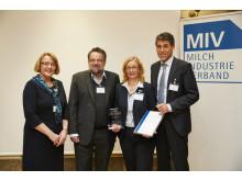 v.l.n.r. Dr. Gisela Runge, Hans Holtorf, Prof. Dr. Hiltrud Nieberg, Peter Stahl