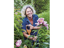 Gunnel Carlson öppnar upp sin trädgård i år också under Tusen Trädgårdar den 29 juni