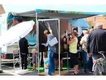 Spies' valgbus besøgte syv bornholmske byer - blandt dem Svaneke - og 763 afgav deres stemme. Mette Frederiksen er bornholmernes foretrukne rejsefælle blandt Danmarks partiledere.