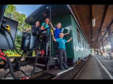 Fichtelbergbahn_Cranzahl_Oberwiesenthal_Familie_Foto TVE_GeorgUlrichDostmann095.jpg