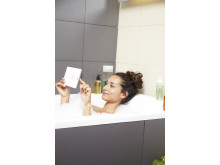 Xperia Z3 Tablet Compact lifestyle_8