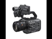 SEL50F12GM_ILME-FX6_von_Sony