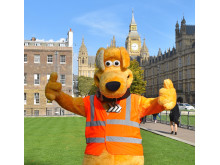 Horace giving a thumbs up in Westminster
