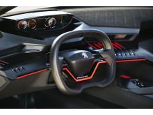 Peugeot 308 R HYbrid - ren körglädje i kompakt format