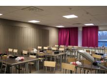Klassrum med ljuddämpande vägg i Norra Ålidhemsskolan