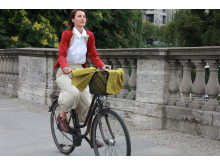 Geschäftsfrau_Fahrrad_2_VCD