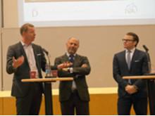 Hans Vestberg, Alessandro Catenacci och Prins Daniel vid lanseringen av Prins Daniel Fellowship-programmet