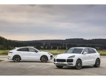 Porsche Cayenne Turbo S E-Hybrid och Cayenne Turbo S E-Hybrid Coupé.