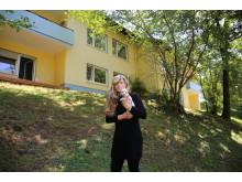 Frau und Hund: Angelika R.* und Mini-Chiuwawa Rosalie.